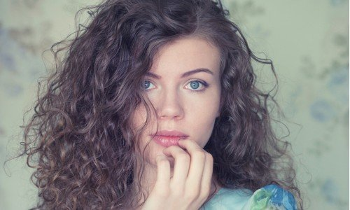 How To Take Care Of Dry Hair - Hair Care Tips